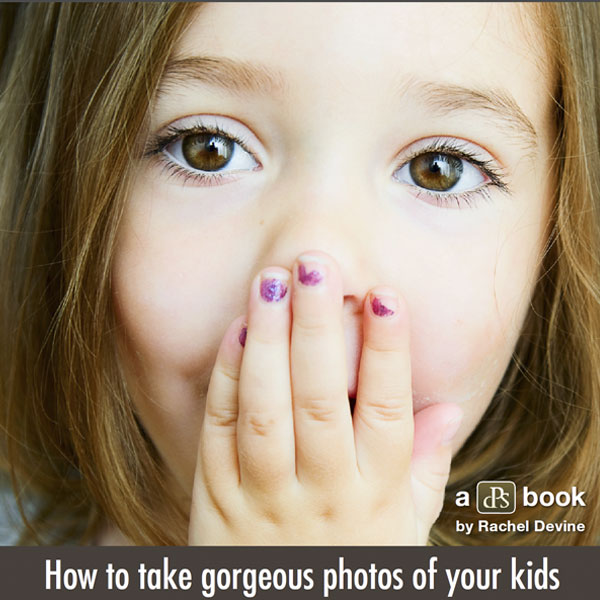 "Click!: the ""bible"" on children photography"